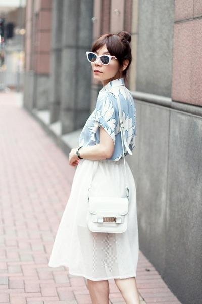 white PROENZA SCHOULER bag - light pink cat eye Fendi sunglasses