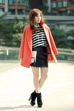 white clutch H&M bag - carrot orange Sheinside coat
