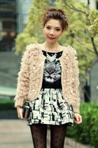 silver metallic skirt - gold geometric Forever 21 necklace - light pink cardigan