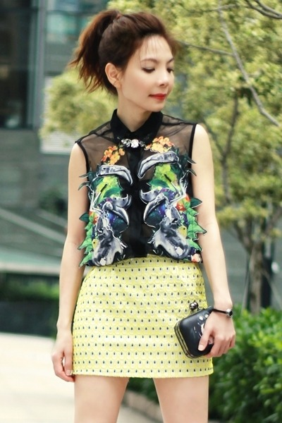 black animals organza Choies blouse - black bag - silver necklace - yellow skirt