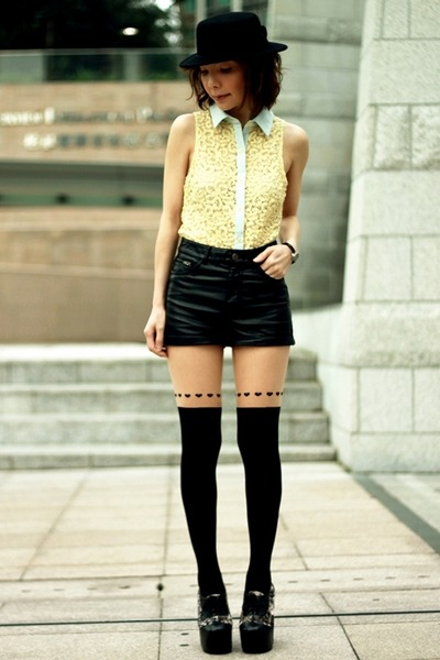 black tights - black H&M hat - light yellow collared lace Forever 21 shirt