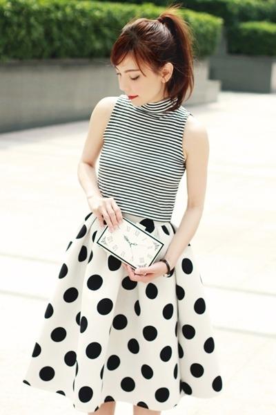 white Choies skirt - white clock face Choies bag - black Murua top