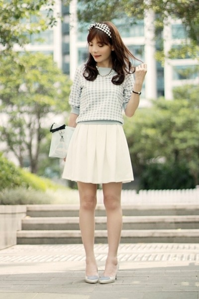 light blue clutch kate spade bag - white Murua skirt