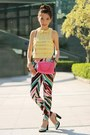 Hot-pink-prada-bag-turquoise-blue-colourful-print-h-m-pants