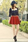 Navy-bow-cloche-hat-accessorize-hat-black-floral-h-m-socks-navy-cardigan