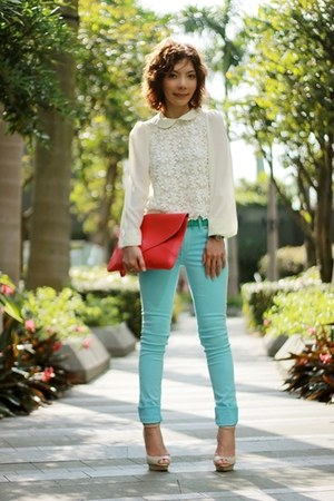 Aquamarine-coloured-jeans-h-m-jeans-hot-pink-envelope-bag-bag-ivory-blouse