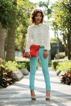 aquamarine coloured jeans H&M jeans - hot pink envelope bag bag - ivory blouse