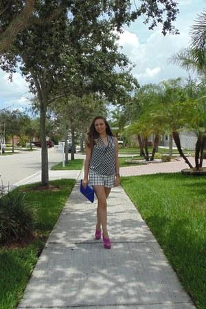 blue Aldo purse - Forever 21 shorts - Forever 21 blouse - hot pink Aldo sandals