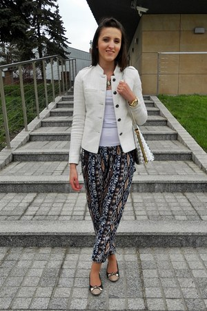 navy Bershka pants - white reserved blazer