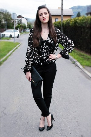 black Atmosphere bag - black reserved pants - black Zara blouse