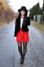 Black-hat-ivory-reserved-blouse-red-skirt