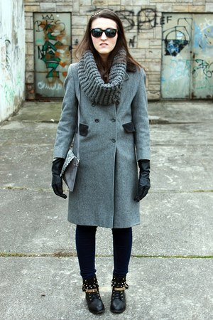 heather gray coat - navy pull&bear jeans - silver c&a scarf