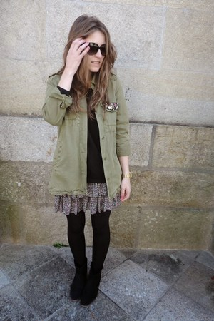 olive green Zara jacket