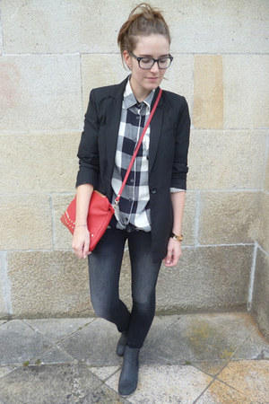 black Bershka blazer