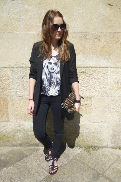 black Bershka blazer
