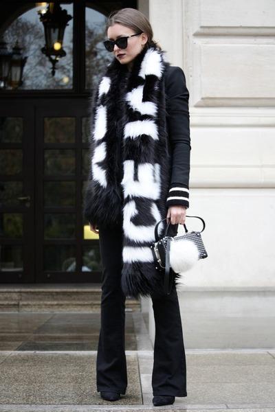 Black-bootcut-jeans-first-i-jeans-black-zara-blazer