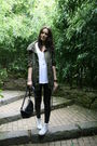 Black-topshop-pants-green-bershka-jacket-white-converse-shoes-black-primar