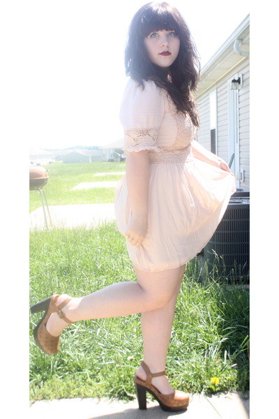 Forever 21 shoes - modcloth dress