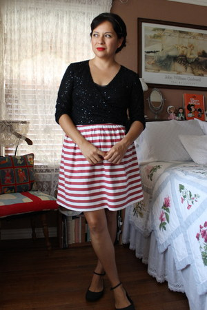 self-made skirt - Old Navy shoes - vintage top