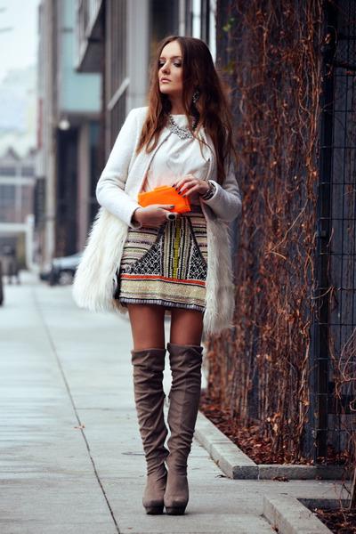 white Romwecom coat