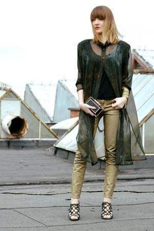 dark green vintage shirt - gold Zara jeans