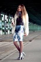 white Zara coat