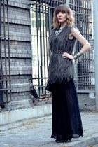 black Zara skirt - heather gray Zara vest