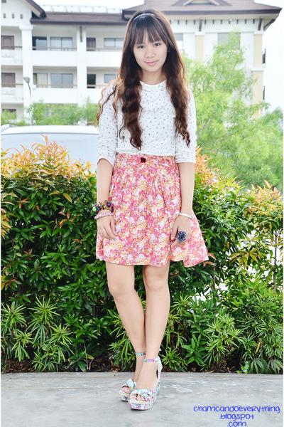 hot pink thrifted skirt - aquamarine Primadonna wedges