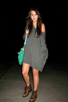 gray sloppy sweater H&M dress - brown 90s calvin klein boots