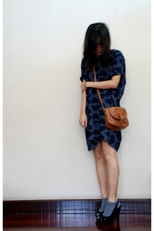 December no5 dress - Nine West shoes