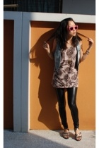 New Kid On the Wall glasses - Sportsgirl vest - Hey Pilgrim top - Nooz leggings