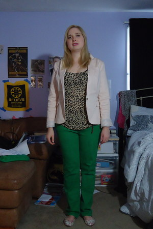 light pink Forever 21 blazer - green trouser BDG jeans