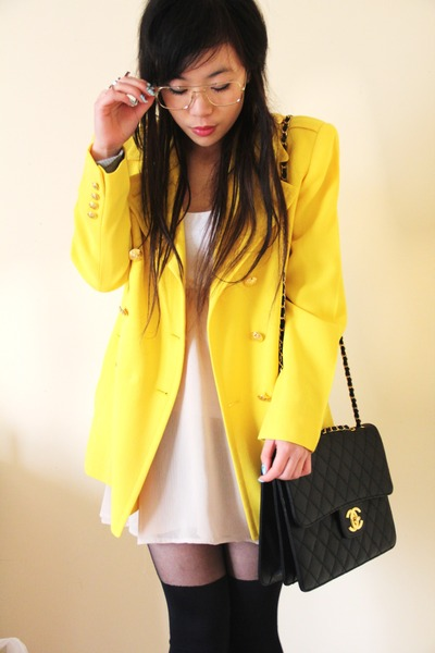 yellow vintage Ralph LaurenLauren blazer - black jumbo Chanel bag