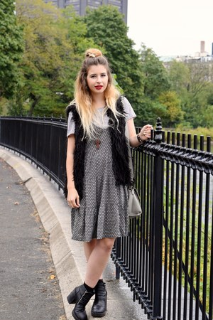 black H&M vest - navy H&M dress - silver H&M t-shirt