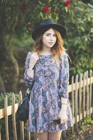 amethyst Fashion Pills dress - dark gray Chicwish hat - black Primark bag