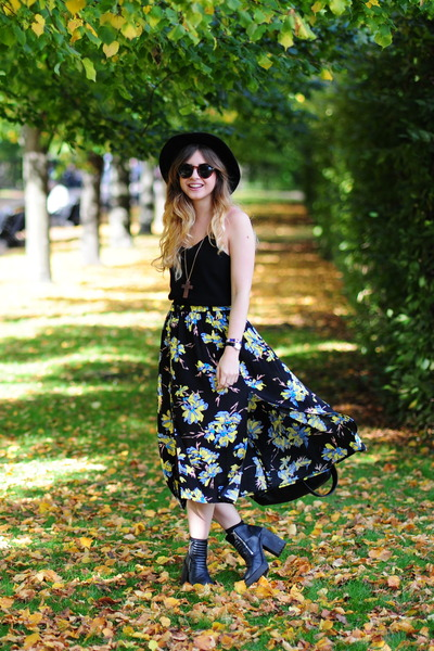 yellow Topshop skirt - black H&M hat - black H&M top