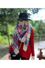 Winter-hat-bershka-hat-tartan-zara-scarf-ripped-stradivarius-pants