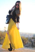 Coosy skirt - Rebeca Sanver boots