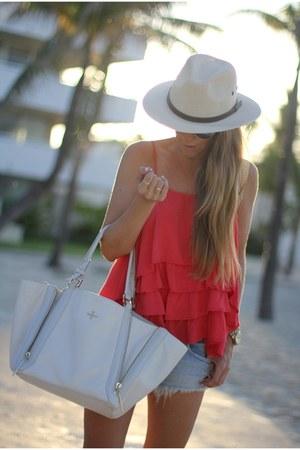 ruffles Insight blouse - white tote Pour La Victoire bag