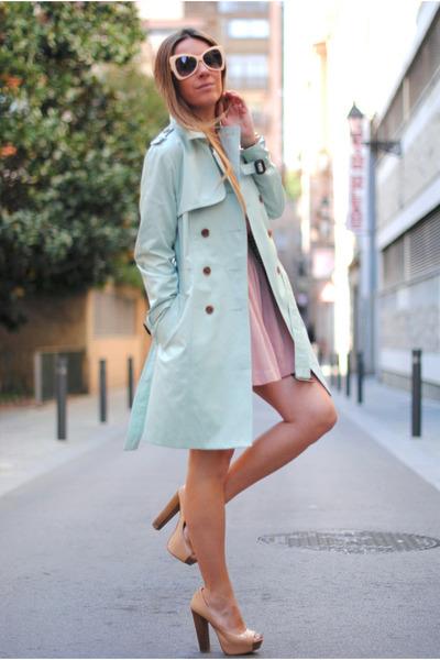 Queens Wardrobe coat - romwe sunglasses - Bershka heels - Mango suit