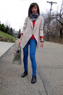 Aldo-shoes-gap-sweater-bdg-leggings-jenni-kayne-blazer-zara-scarf-birk
