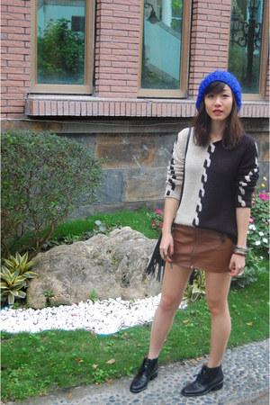 Nine West boots - vintage sweater - Celine watch