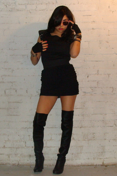black style2bb3 boots - black gloves - black f21 shirt - black f21 skirt - pink