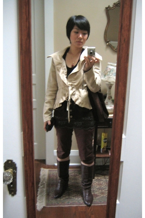 Bebe blazer - banana republic sweater - a vintage find in Aspen CO boots - banan