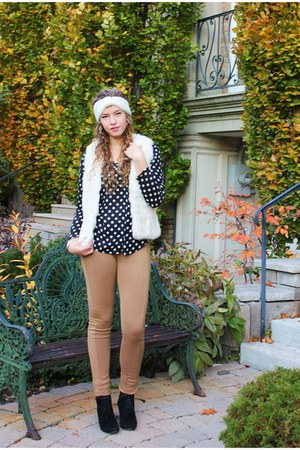 polka dots Zara shirt - white fur le chateau vest - camel medchino pants