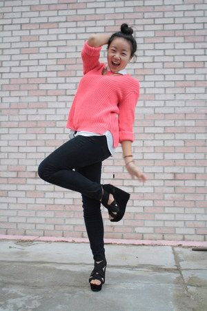 H&M Hot Pink Sweater - How to Wear and Where to Buy | Chictopia