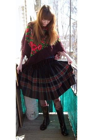 black Red Triangle boots - vintage skirt - Russian national shawl scarf