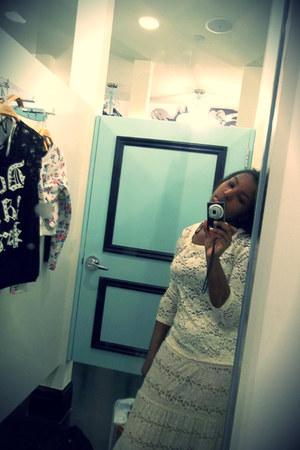 Forever 21 skirt - Forever21 blouse