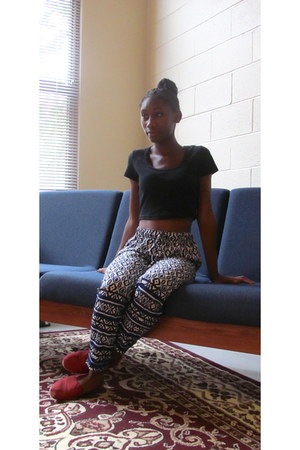 black crop top American Apparel top - red TOMS shoes - Forever 21 pants