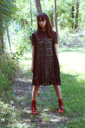 red Moonshine Hill boots - black Moonshine Hill dress